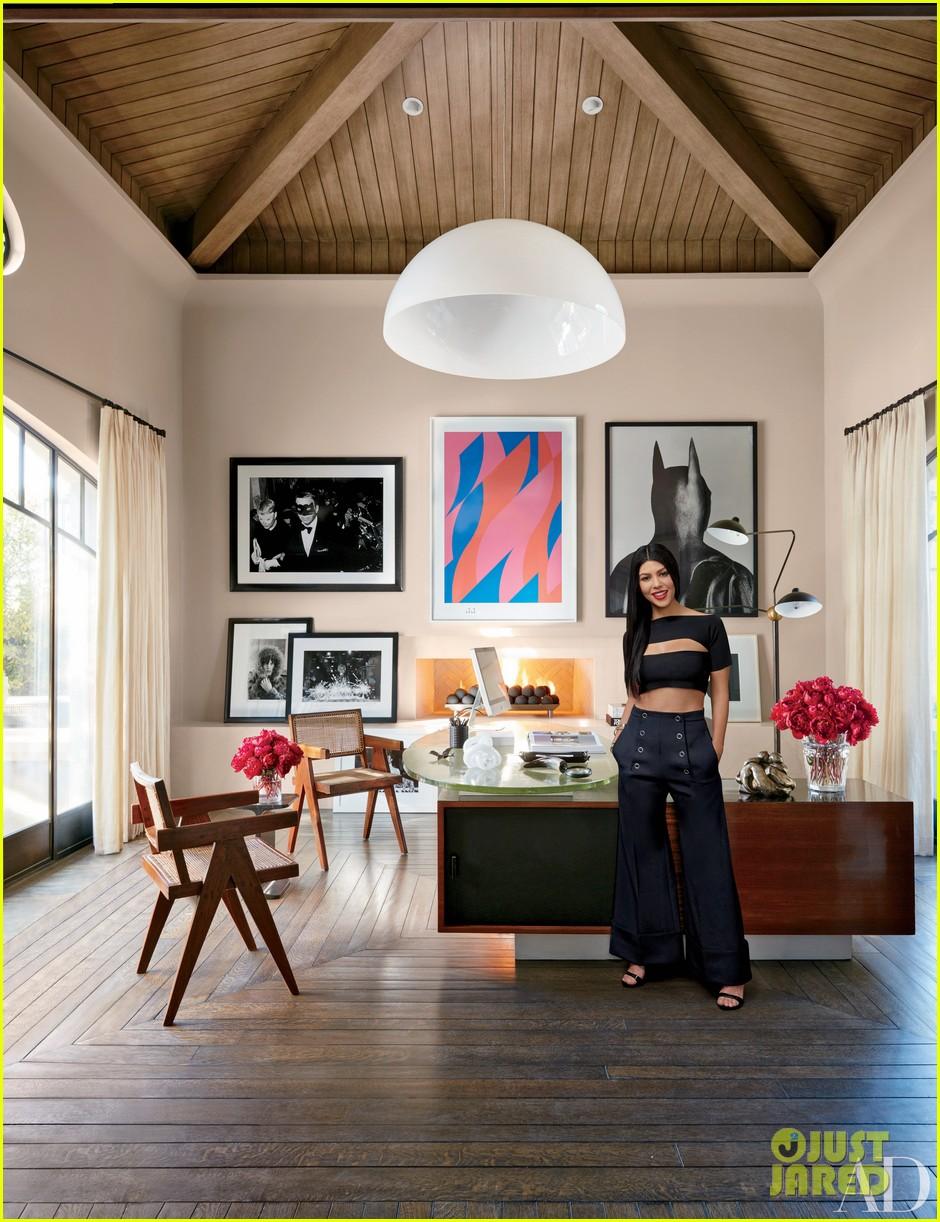 Kourtney & Khloe Kardashian Show Off Their Homes In