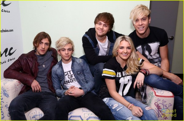 R5 Silly And Answers Fan Questions 669162 - Jared Jr