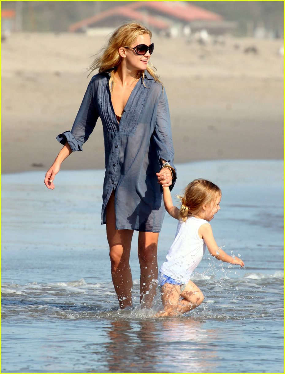Kate Hudson  Son Ryder Hit The Beach Photo 394751  Celebrity Babies Kate Hudson Pictures