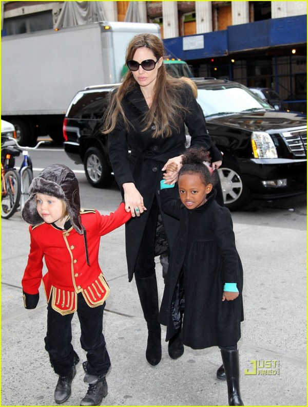 Angelina Jolie Zahara And Shiloh