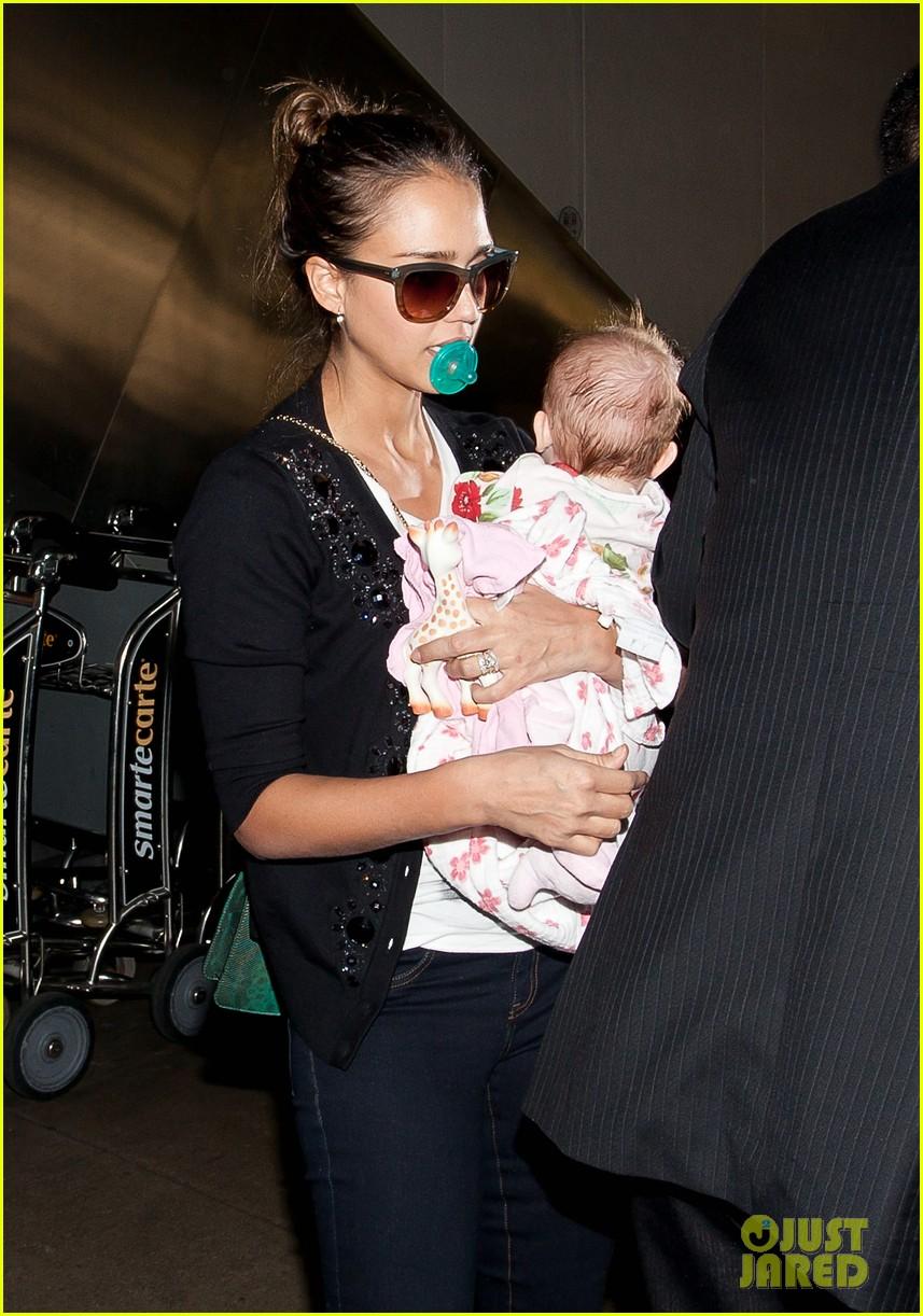Jessica Simpson Wants Jessica Albas Post Baby Body Photo 2614300  Cash Warren Celebrity