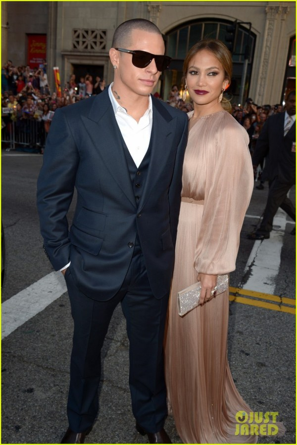 Jennifer Lopez ' Expect' Premiere With Casper