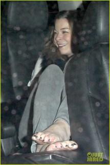 LeAnn Rimes Barefoot