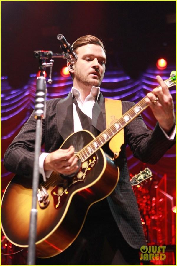 Justin Timberlake Mastercard Concert With Jessica Biel