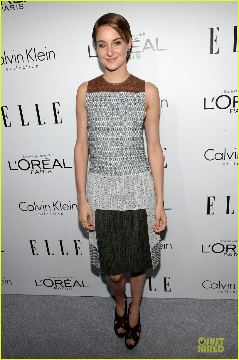 shailene woodley brie larson elle women in hollywood celebration 01