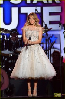 Full Sized Of Carrie Underwood Salute Troops 03