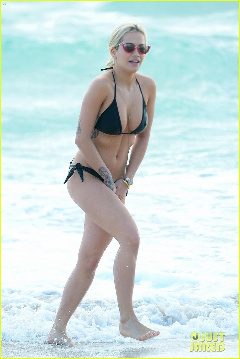 Bikini Bikini Milo Moire naked photo 2017