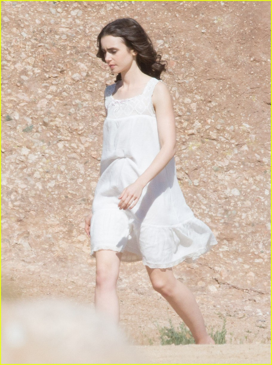 Lily Collins Says New Movie To the Bone is About Survival Photo 3624317  Lily Collins