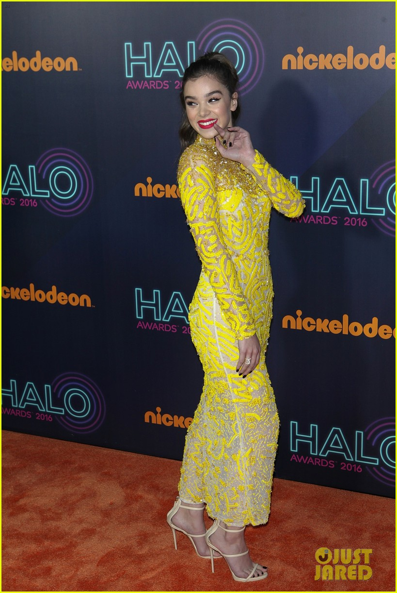 Nickelodeon 2016 Halo Awards : nickelodeon, awards, Hailee, Steinfeld, Stuns, Nickelodeon, Awards, Photo, 3806824, Awards,, Alessia, Cara,, Daya,, Steinfeld,, Jason, Derulo,, Pictures, Jared