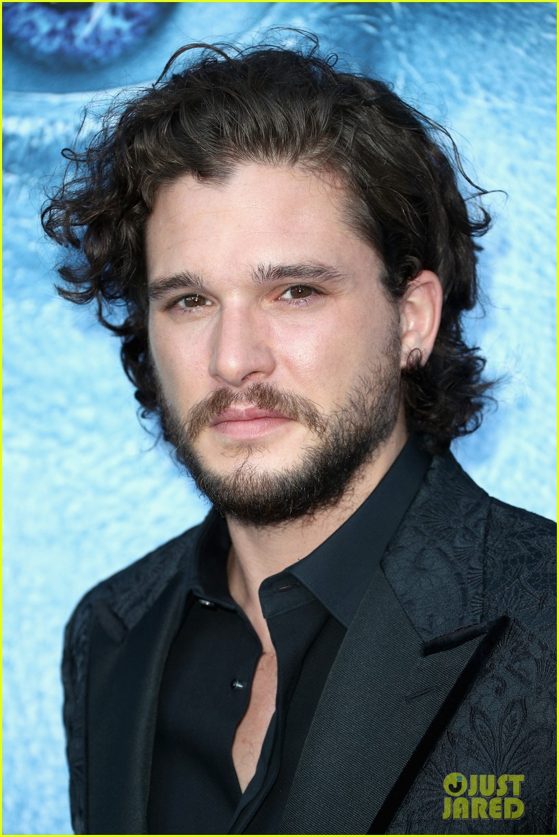 Kit Harington Amp Rose Leslie Couple Up For Game Of Thrones