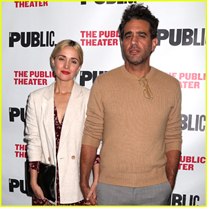 Rose Byrne & Bobby Cannavale Couple Up at 'Socrates' Opening