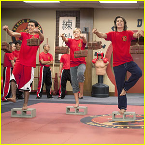 Olivia Holt Amp Leo Howard Say Goodbye To Kickin It