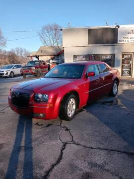 Chrysler Dealer Des Moines : chrysler, dealer, moines, Chrysler, Moines,, Rocket, Sales