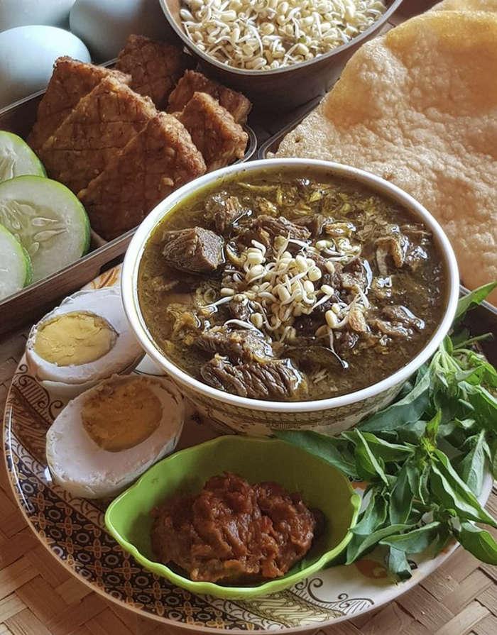 15 Rekomendasi Makanan Tradisional Indonesia yang Bikin