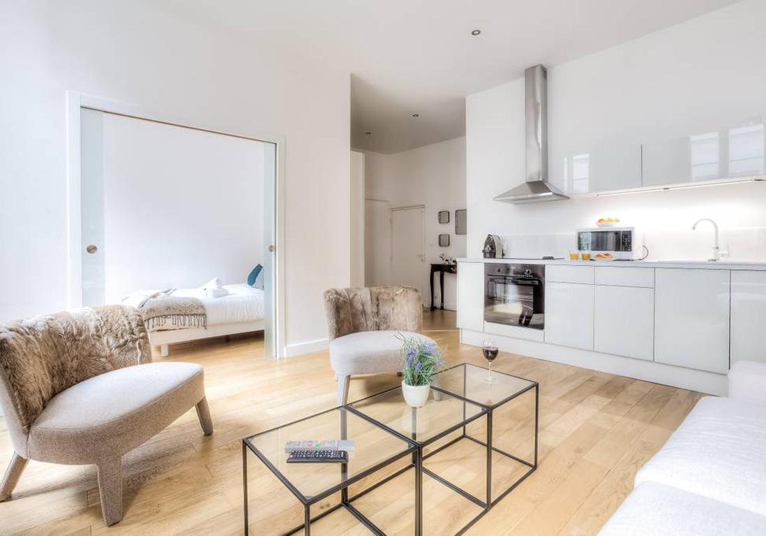 Location appartement Paris  dcouvrez les plus beaux intrieurs disponibles sur Airbnb   Elle