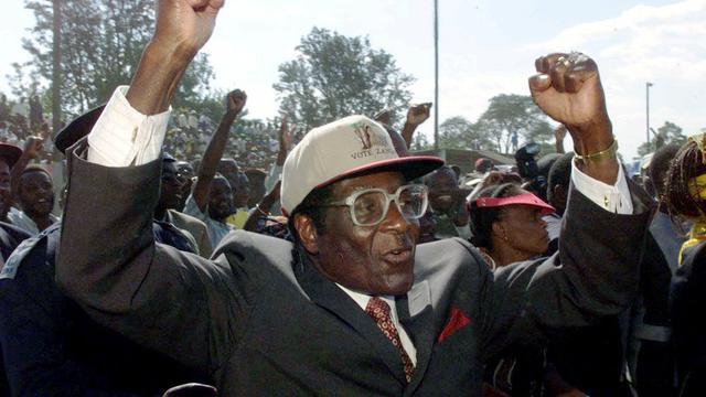 Robert Mugabe yang meninggal di usia 95 tahun. (Tsvangirayi Mukwazhi/AP)