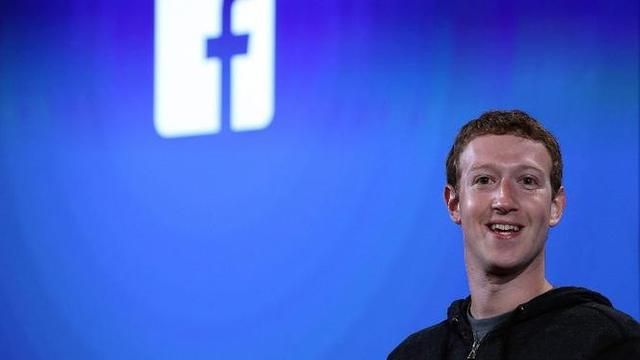 Tawa Mark Zuckerberg sebelum dirundung masalah pencurian data pengguna Facebook.