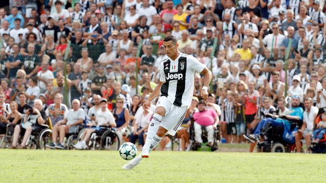Cristiano Ronaldo Cetak Gol Pertama Untuk Juventus