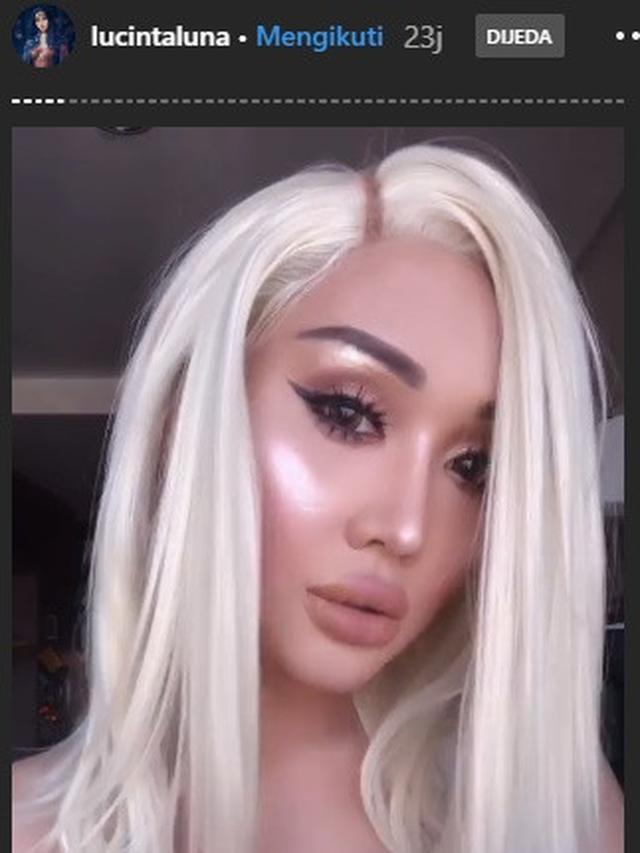 Usai Filer Bibir, Ini 5 Potret Lucinta Luna Pakai Wig Berwarna Cerah
