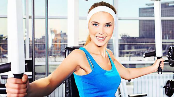 Wall Push-Up. Olahraga untuk Mengencangkan Payudara - Beauty Fimela.com