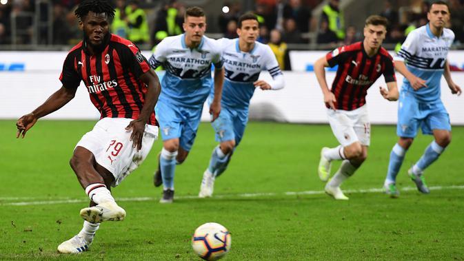 Gelandang AC Milan, Franck Kessie (AFP Photo/Miguel Medina)