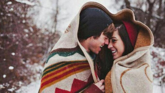 Hasil gambar untuk 5 Tanda Memang Ada Kecocokan dengan Pasangan