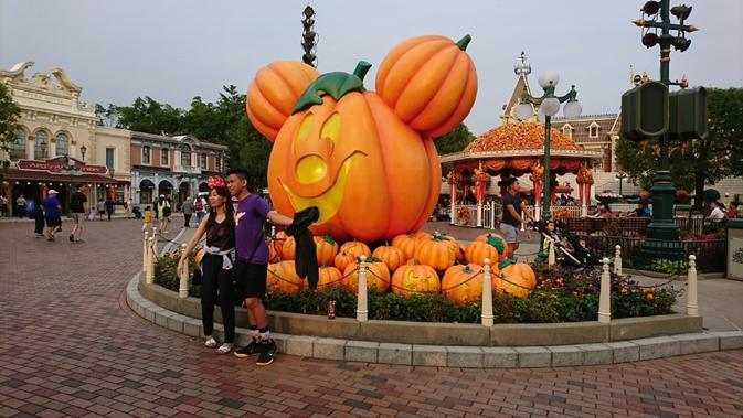 Pesta Halloween di Disneyland Hong Kong (Liputan6.com/Dinny Muttiah)