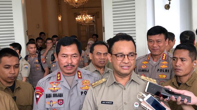Kapolda Metro Irjen Nana Sujana dan Gubernur DKI Jakarta Anies Baswedan