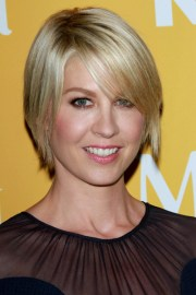 short edgy blonde hairstyles