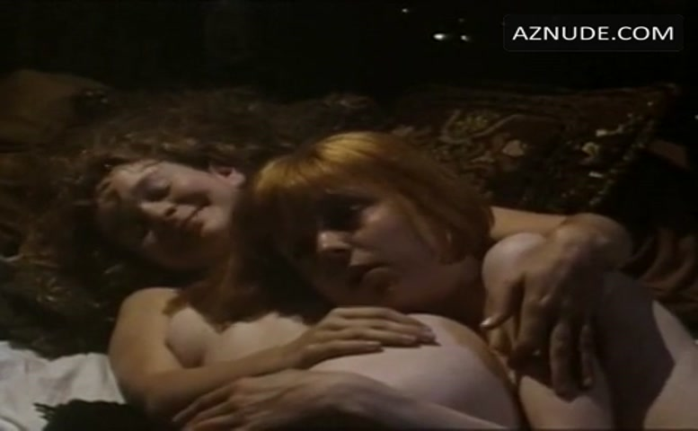 Cathryn Bradshaw Breasts Butt Scene in Oranges Are Not