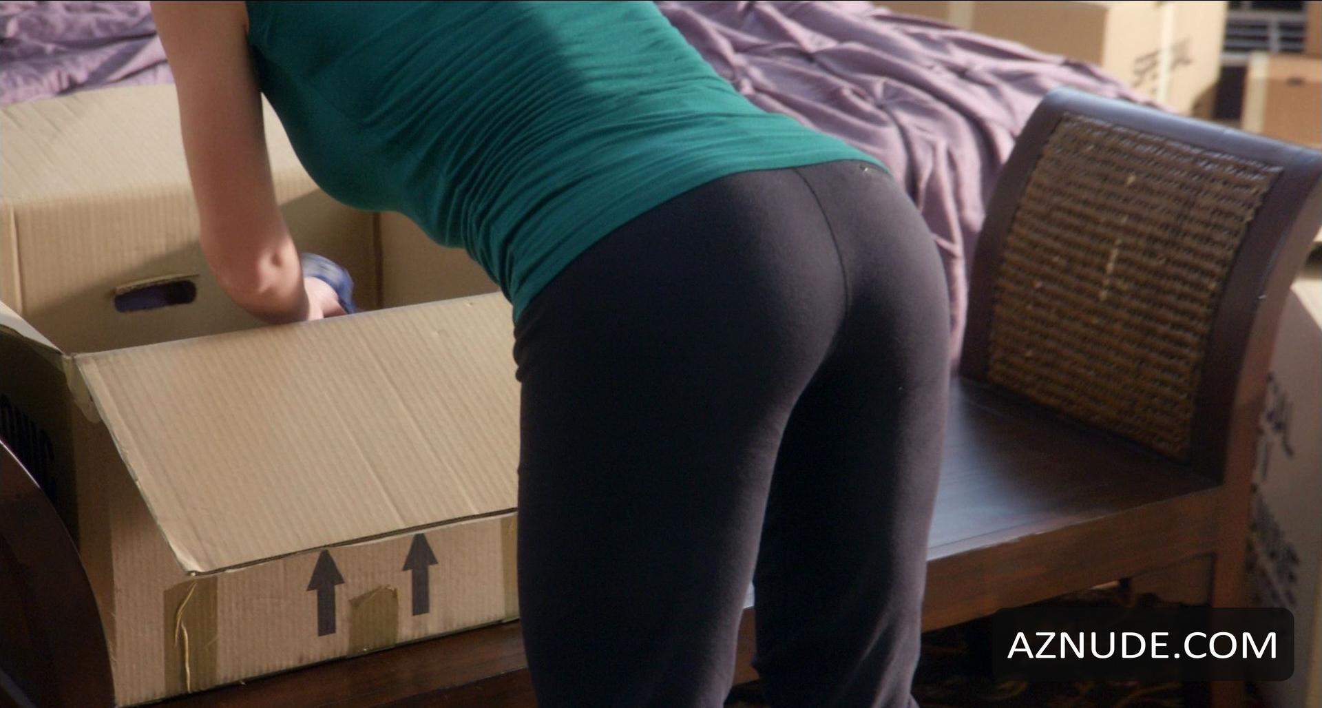 Browse Celebrity Yoga Pants Images  Page 1  AZNude