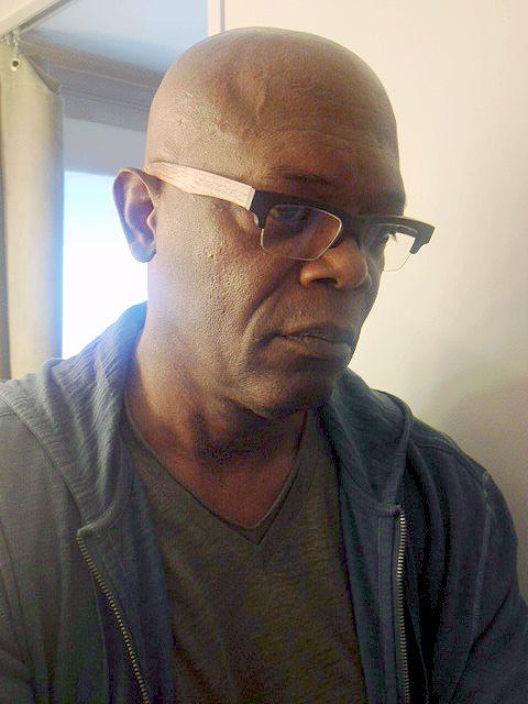 Samuel Jackson Wearing Gold Amp Wood B13 Eyeglasses