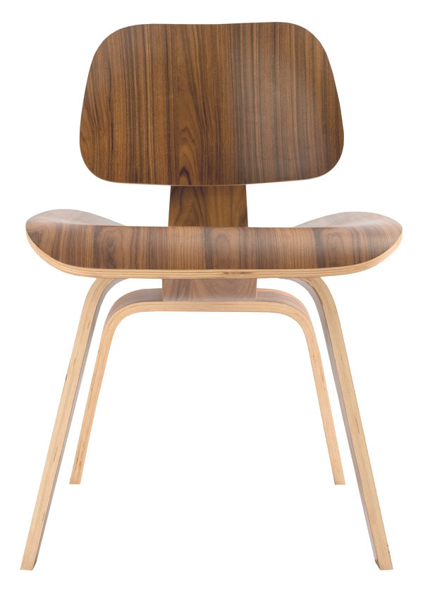 Replica Eames DCW in Walnut