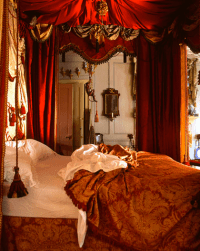 Trend: 10 Most Romantic Bedrooms - Zillow Porchlight