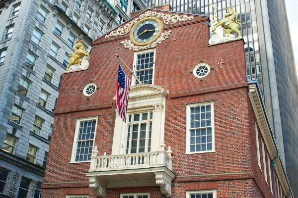 Unicorn And Lion State House Coming Restoration Boston Magazine