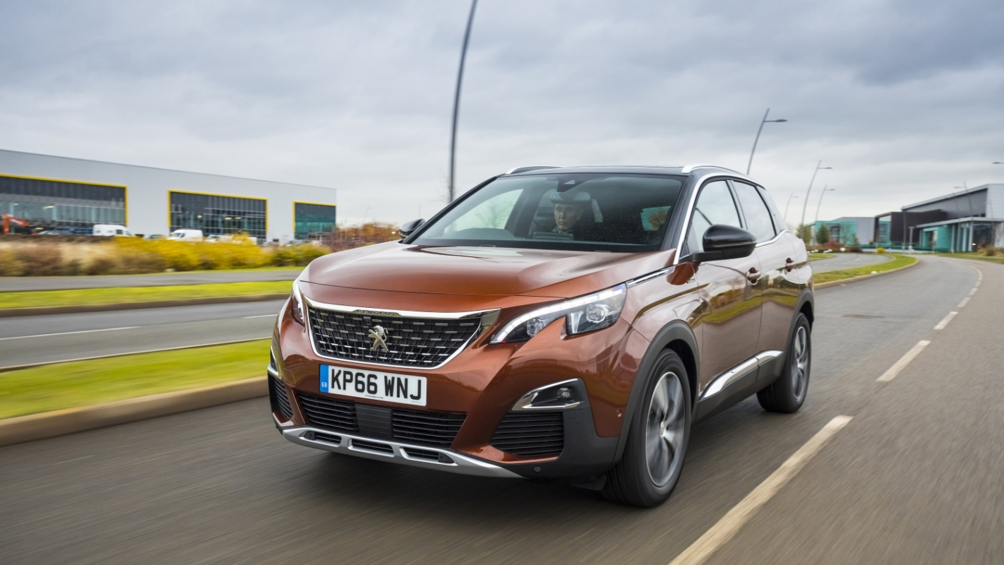medium resolution of the peugeot 3008 ushers a top quality interior and advanced safety equipment into the crossover market