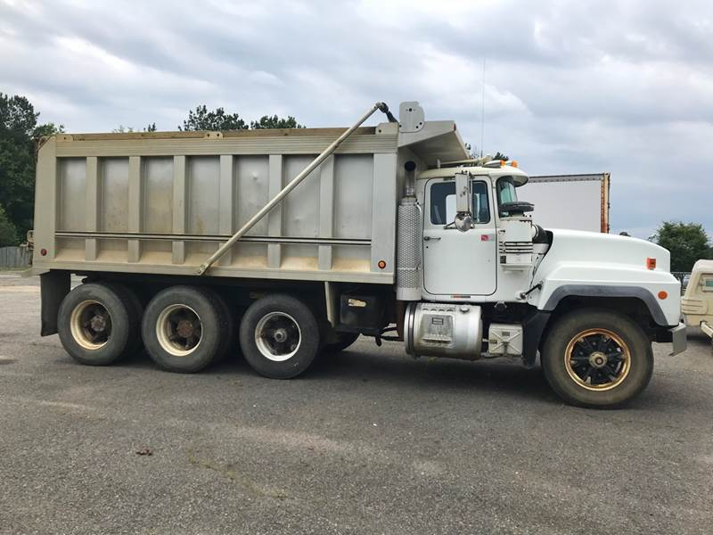 small resolution of 2001 mack rd688s dump truck
