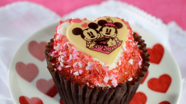 Foodie Guide to Valentine's Season 2021 at Disney Parks