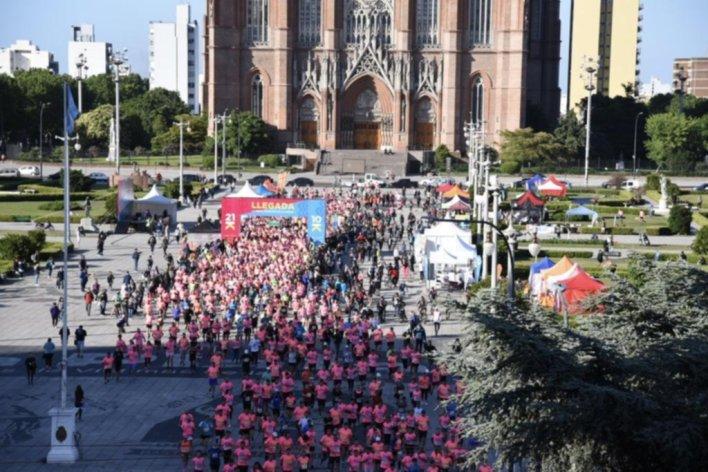 La media maratón tuvo más de 3.000 participantes para coronar los festejos de La Plata