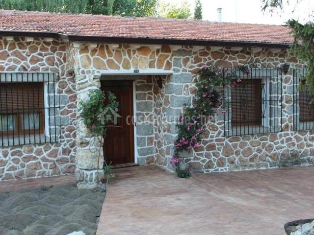 Casa La Tata  Casa rural en Otero De Herreros Segovia