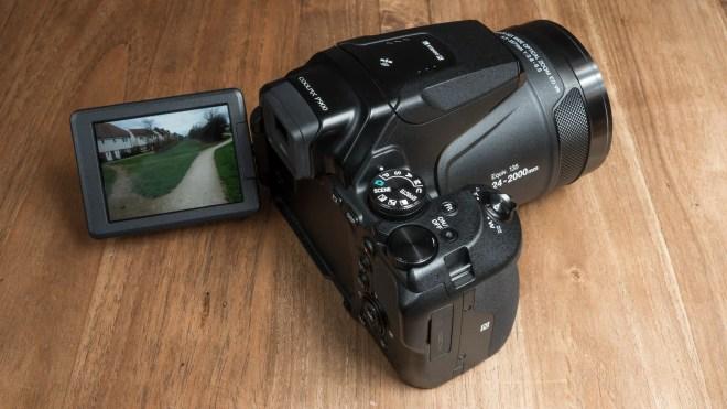 Nikon P900 top