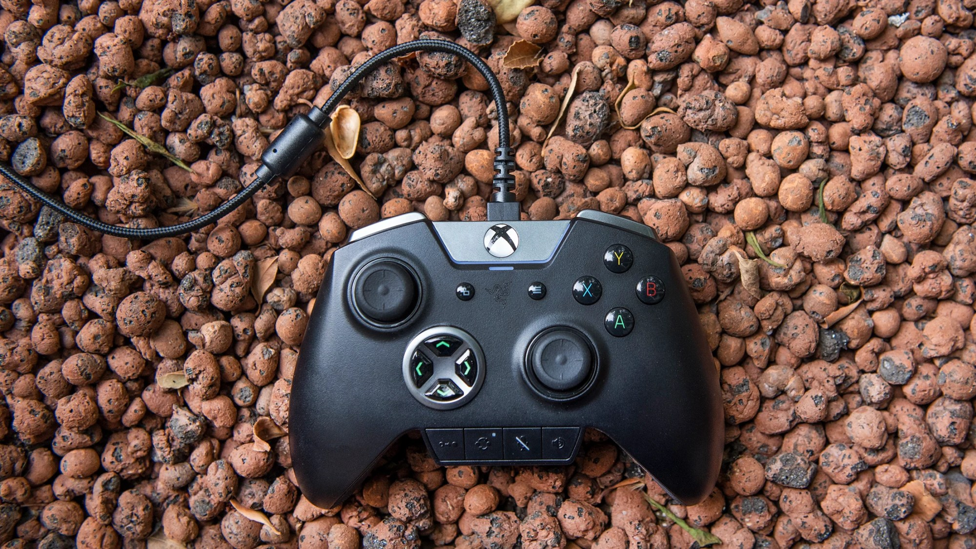 hight resolution of razer s latest xbox controller the wolverine ultimate might not be as appealing as the wildcat which is now out getting rather old but it s still a