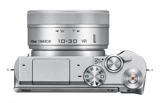 Nikon J5 top