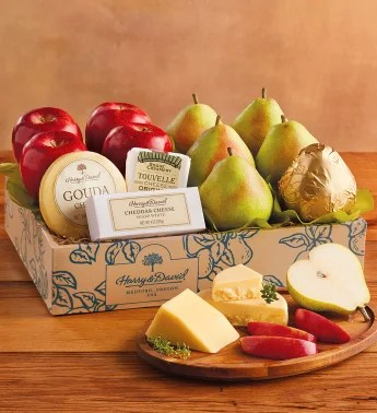 FreeShipping.com blog holiday gift guide deluxe pears, apples and cheese gift at Harry and David