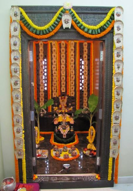 Indian Home Temple Design. Hindu Small Temple Design Pictures For ...