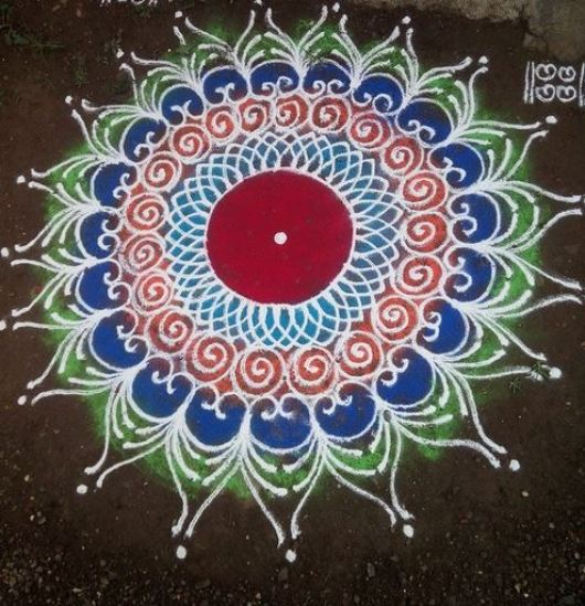 Simple Rangoli Designs and Patterns for Diwali