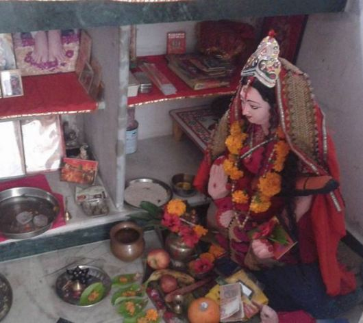Pooja Room Decoration for Saraswati Puja
