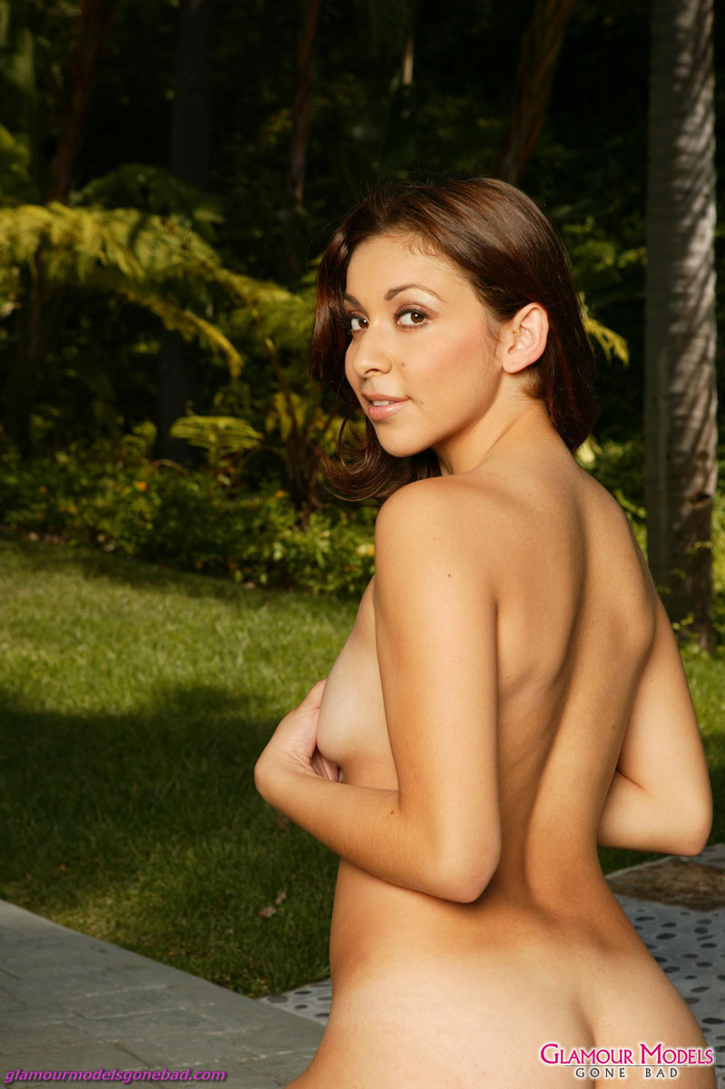 Chanel Chavez Strips Naked In The Garden 3798