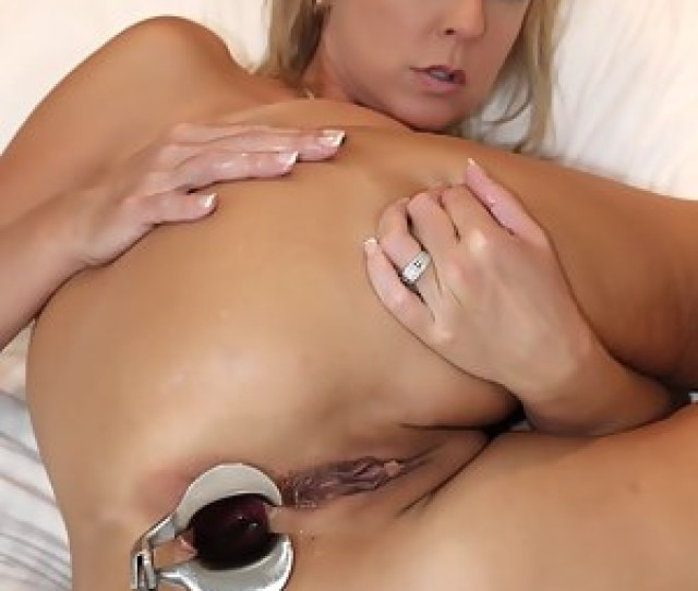 Moms Anal Gape Pictures