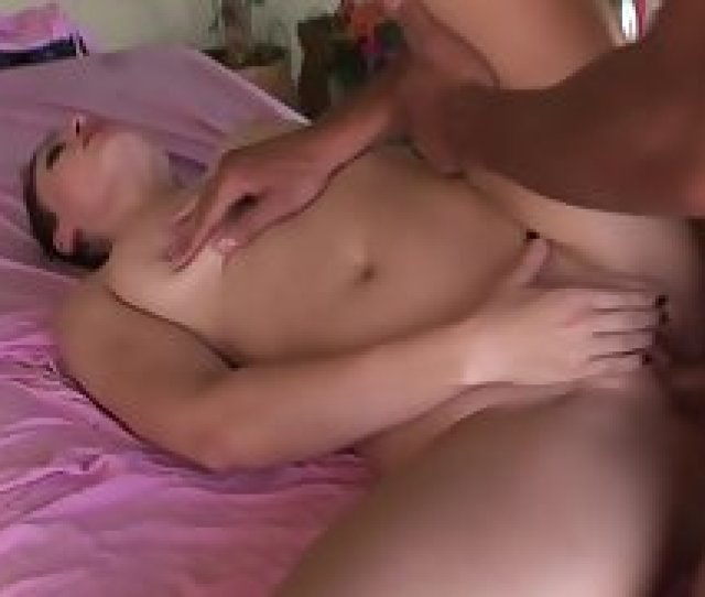 Beautiful Babe Taking Oil Massage From Masseur Before Sex